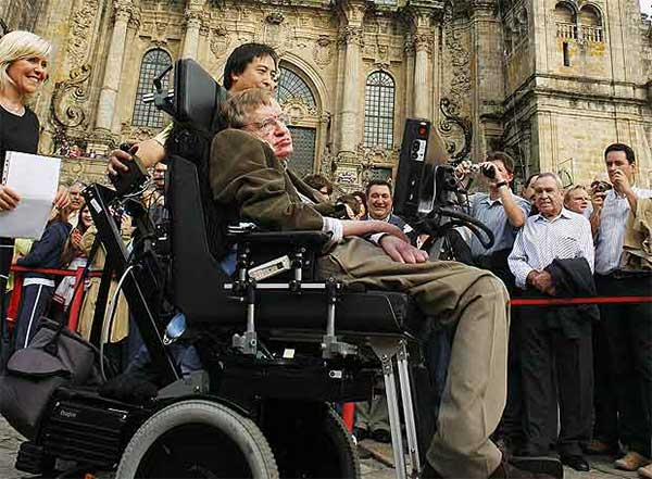 STEPHEN-HAWKING-doing-the-camino