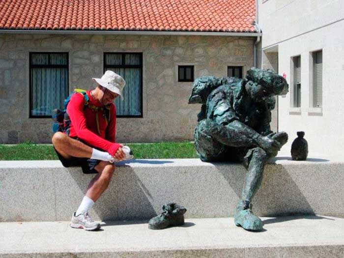 first-aid-on-the-camino-statue