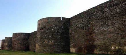 Medieval-town-Lugo-Galicia