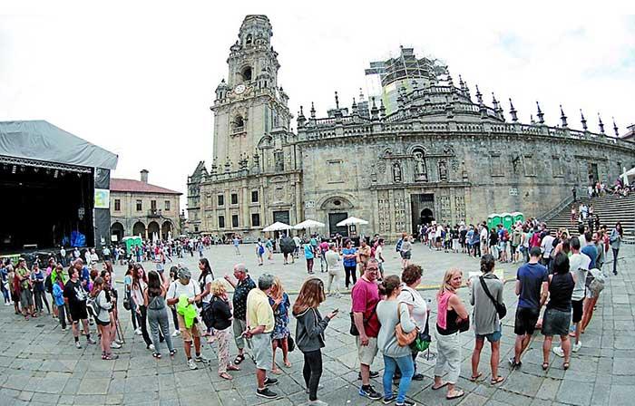 holy-door-santiago-de-compostela-1