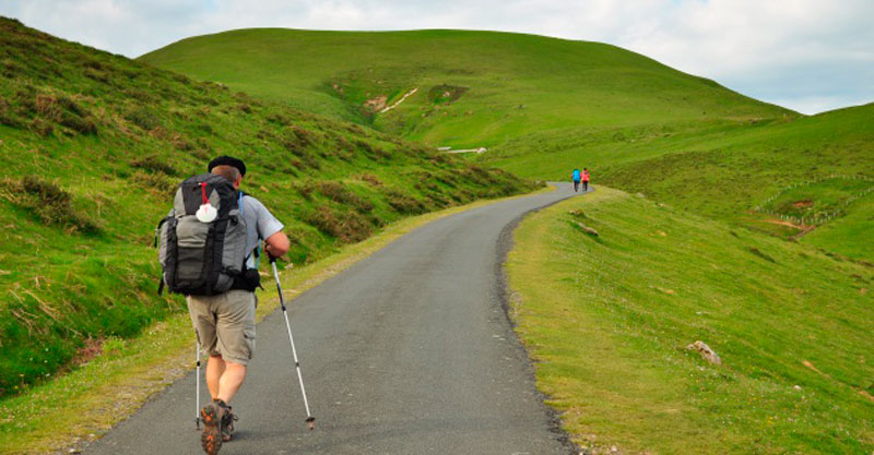 PACKING-LIST-FOR-YOUR-SPRING-CAMINO-1