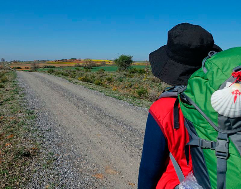 PACKING-LIST-FOR-YOUR-SPRING-CAMINO-2